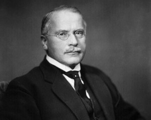 1922 --- Carl Gustav Jung (1875-1961) Swiss psychologist and psychiatrist. Head and shoulders photo, 1922. --- Image by © Bettmann/CORBIS